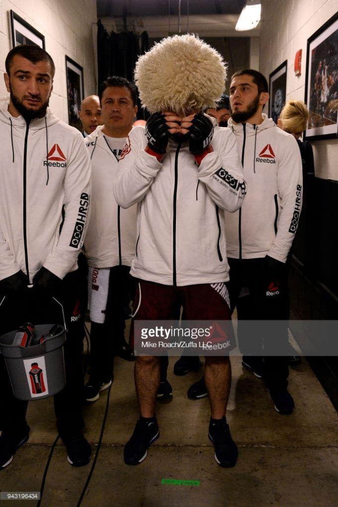 Xabib Nurmagomedov UFCning yangi qiroli! FOTOGALEREYA